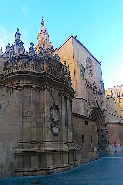 Lateral da Catedral de Murcia